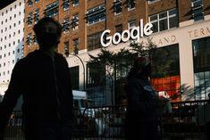 Escritório do Google em Manhattan, NY (Foto: Getty Images)  29 espaços do Google nos Estados Unidos se preparam para receber pessoas do grupo prioritário de vacinação nas próximas semanas. A empresa se alia à companhia de planos de saúde One Medical e parceiros locais para transformar escritórios, estacionamentos e espaços abertos em clínicas de imunização contra a covid-19. É um uso alternati