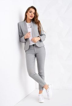29 Latest Office & Work Outfits Ideas for Women 20 - corporate attire women Stylish Work Outfits, Business Casual Outfits, Winter Outfits For Work, Professional Outfits, Casual Winter Outfits, Work Casual, Business Professional, Summer Casual Outfits For Women, Stylish Office