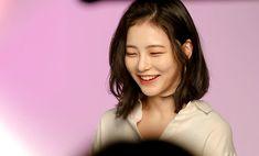 Shin YeEun For Magazine June Issue (+Behind-the-Scene) Korean Actresses, Korean Actors, Actors & Actresses, Dramas, Cute Girls, Cool Girl, Deep Photos, Moorim School, Female Character Inspiration