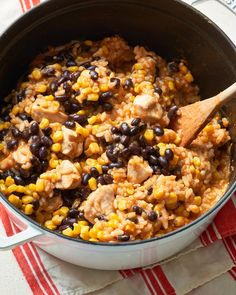 One pot Burrito bowls filled with tender spiced rice, beans, corn, and tangy barbecue chicken. Chicken Burrito Bowl, Chicken Burritos, Burrito Bowls, Shrimp Burrito, One Pot Dinners, Easy One Pot Meals, Easy Dinners, Skillet Dinners, Quick Meals