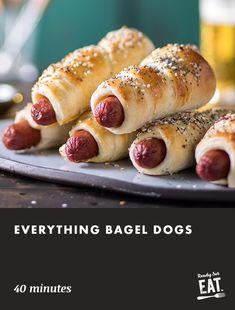 Kosher beef franks wrapped in pizza dough and sprinkled with 'everything bagel' seasoning are fun for kids and adults Snack Recipes, Cooking Recipes, Snacks, Dog Recipes, Appetizer Recipes, Appetizers, Sandwiches, Bagel Dog, Gastronomia