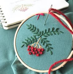 今日は雨の音を静かに聞きながらリラックスの一日。 ウールでふわころ赤い実。 ナナカマド。 * * * #植物好き #植物モチーフ #植物のあるくらし#植物好きな人とつながりたい #植物刺繍#刺繍好き #ハンドメイドが好き #手しごと #ガーデナー #ガーデナーの手しごと#季節を楽しむ暮らし #handmade #needlwork #embroidery #handembroidery #gardener #雨の音 #ウール刺繍 #ふわころ #ナナカマド #赤い実 #リラックスタイム