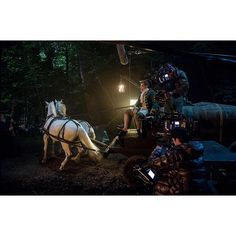 SnapWidget | Hold your horses! #Outlander #BehindTheScenes