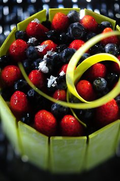 Classic_Strawberry_Cake2.jpg (665×1000)