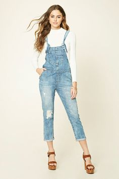 Forever 21 is the authority on fashion & the go-to retailer for the latest trends, styles & the hottest deals. Shop dresses, tops, tees, leggings & more! Overalls Outfit, Denim Overalls, Dungarees, Forever21, Casual Chic Summer, New Arrival Dress, Summer Work Outfits, Jeans Dress, Distressed Denim