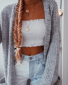 Cute Casual Outfits With Leggings an Cute Outfits For Last Day Of School except Cute Outfits For School With Birkenstocks; Cute Summer Outfits, Outfits For Teens, Spring Outfits, Trendy Outfits, Teen Winter Outfits, Autumn Outfits, Trendy Hair, Summer Clothes, Mode Outfits