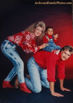 36 Hilarious Family Photoshoots That Are Awkward, Silly, or Just Plain Funny – - Geschenk Valentinstag Mann