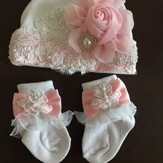 Jacquis Baby Girls White Hospital Hat with Pink Pearl Bow