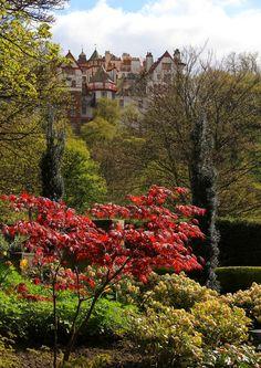 Edinburgh, Scotland (by Kim & Bing's Travel Photos)