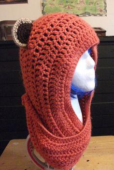 Ewok Crochet Beanie Hat von TheGeekeryBin auf Etsy