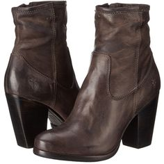 Frye Patty Artisan Zip in Charcoal Timeless! Black Cowboy Boots, Black Leather Boots, Cowgirl Boots, Leather Booties, Western Boots, Chunky Heel Ankle Boots, Ankle Booties, Bootie Boots, Vintage Heels
