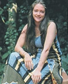 What a beauty English Actresses, British Actresses, Olivia Hussey, Olivia Culpo Miss Universe, Zeffirelli Romeo And Juliet, Leonard Whiting, Becoming An Actress, London Theatre, Female Celebrities