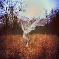 Ethereal portraits by Laura Marie Diliberto #bleaq #photography #forest #girl #nature #wind #field