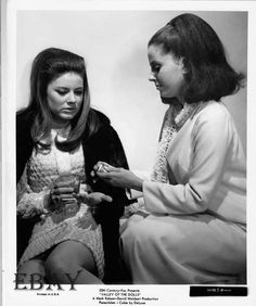 """Patty Duke and Barbara Parkins in """"Valley of the Dolls"""" - the scene where Neely vents to Anne Patty Duke, Movie Market, Mary Pickford, Vintage Movies, Vintage Hair, Sharon Tate, Valley Of The Dolls, Cult Movies, Golden Age Of Hollywood"""