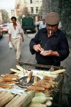 Corn vendor in Istanbul, Turkey, 1988 #Expo2015 #Milan #WorldsFair