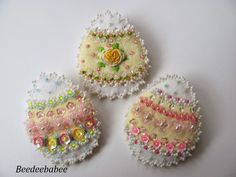 Beedeebabee: Felt Easter Eggs