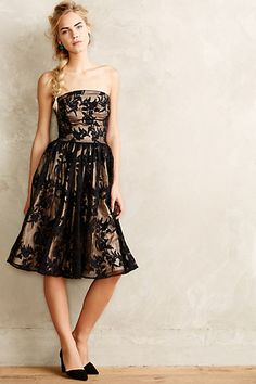 Black lace dress - neutrals colors perfect for Christmas or year round #AnthroFave