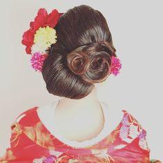おすすめヘアスタイルの投稿 #和装ヘアスタイル#ブライダル#ヘア#シニョン#お花ヘア#面#後ろ姿#結婚式#和装#ヘアアレンジ#ノードダモーレ津#ndヘアカタログ