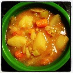 Potato Soup - This non-dairy, vegetarian, gluten-free potato soup is hearty, peppery, and delicious!
