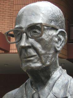 Statue of brazilian poet Carlos Drummond de Andrade