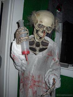 Image detail for -Alexplorer's Halloween Page: Mad Scientist Lab Asylum Halloween, Last Halloween, Fete Halloween, Haunted Halloween, Halloween Inspo, Halloween Items, Creepy Halloween, Halloween Skeletons, Halloween House