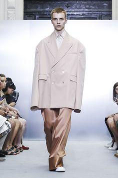 Sean Suen - Menswear Spring Summer 2018 Paris