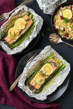 Salmon and Asparagus in Foil  substitute garlic or something for dill | 34 Clean Eating Recipes That Are Perfect For Spring