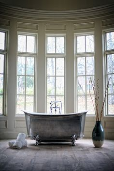 Freestanding Bathtubs as a key trend in 2015 #bathroomtrends2015 #luxurybathrooms #luxurybathtubs