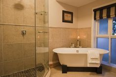 Photos byGrant Pitcher.  love the bath