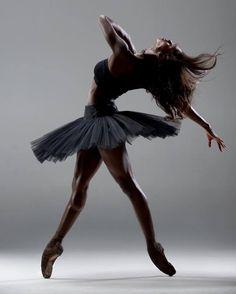 Ashley Murphy – Ballet: The Best Photographs Ballet Pictures, Dance Pictures, Lyrical Dance, Dance Art, Ballet Art, Ballet Dancers, Ballet Style, Ashley Murphy, Washington Ballet