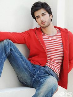 Imran Abbas Wife Pics (Not In Real Life) and Wedding Popular Male Actors, Handsome Arab Men, Handsome Boys, Wife Pics, Pakistani Models, Pakistani Actress, Attractive Guys, Stylish Boys, Cute Actors