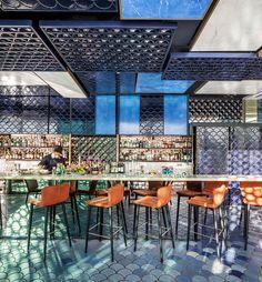 Blue Wave El equipo creativo Restaurant & Design Awards