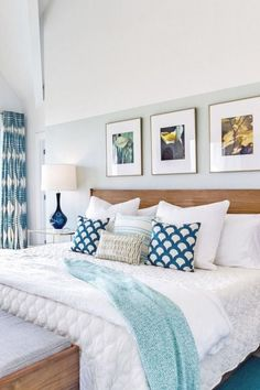 50+ Romantic Coastal Bedroom Decoration Ideas. #Bedroom #Romantic