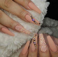 How to choose your fake nails? - My Nails Aycrlic Nails, Glam Nails, Bling Nails, Matte Nails, Glitter Nails, Beauty Nails, Manicure, Nagel Bling, Nagellack Design