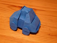Origami Car/VW Bug Origami Car, Origami Videos, Fun Crafts, Paper Crafts, Car Themed Parties, Car Themes, Origami Animals, Paper Folding, Love Bugs