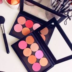 """""""Going gaga over these new Makeup Geek blushes i had a little extra room in my zpalette so there's a few MAC ones in the back too ;)…"""""""