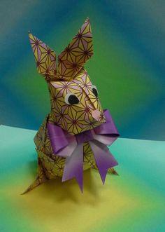 origami  Easter   rabbit.  Video  tutorial   here  https://www.youtube.com/watch?v=zlFJuDgngfE#t=14