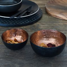 Channel metallic modernity into the heart of your serveware collection with The Just Slate Company Copper Nesting Bowls.