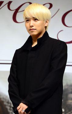 #SuperJunior Sungmin Waiting for Acceptance to Seoul Police Public Relations Unit More: http://www.kpopstarz.com/articles/84151/20140318/super-junior-sungmin-seoul-police-public-relations-unit-army.htm