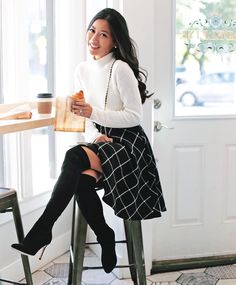 """Jean su Instagram: """"<croissant cravings> sharing my favorite French patisserie in Boston. My full look with @maisonjules & outfit details are on extrapetite.com (link in my bio!) #mjpiecesofparis #spon #fallfashion"""""""