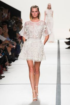 Spring 2014 Monochromatic trend, Crisp Clean White trend, & Fun Floral trend Elie Saab Ready-To-Wear Spring-Summer 2014 Collection - Fashion Diva Design