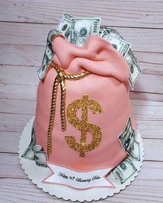 Alcohol Birthday Cake, Money Birthday Cake, Sweet 16 Birthday Cake, Special Birthday Cakes, Birthday Cakes For Women, Birthday Cake Girls, 22 Birthday, 15th Birthday Party Ideas, Birthday Ideas For Her