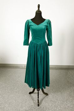 Vintage 80's Laura Ashley green velvet dress with low back by piscesvintage, $45.00