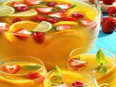 Rezept: Zitruspunsch mit Beeren