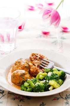 Receptsamling – Vardagsgott med LCHF – Middagstips – Diet Doctor Low Carb Recipes, Cooking Recipes, Healthy Recipes, Keto Chicken, Chicken Recipes, Butter Chicken, Diet Doctor Recipes, Broccoli Diet, Poulet Keto