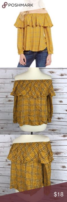 Blu Pepper Small Indian Summer Blouse Top iB4 About this item: Brand: Blu Pepper Size/Fit: Small Color: Yellow Plaid Flaws: None located Measurements: Pit to Pit:19in, Pit to hem:16in, Pit to end of Sleeve:14in Material: 100% Rayon  💕Feedback is appreciated! Please contact me before leaving negative or neutral feedback.  ❌No swaps or trades.  ❌No PayPal  ✨Please understand I try to capture colors as best I can. Due to differences in computer & phone screens resolution, the colors may appear…