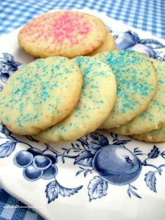 Easy Sugar Cookies ~ No Rolling or Cookie Cutters Required!   http://ourfairfieldhomeandgarden.com/easy-sugar-cookies-no-rolling-or-cutting/