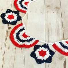 Star Spangled Banner Crochet Pattern | www.petalstopicots.com | #crochet #4thofJuly