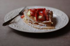 Our Everyday Crêpes adapted from The New Basics Cookbook, Sheila Lukins and Julee Rosso yield: 8-12 crêpes, depending on pan size