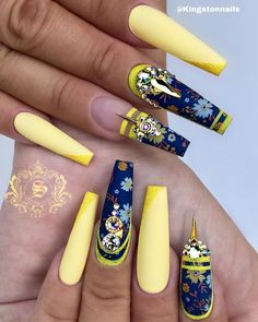 we compare more than 200 gorgeous coffin nails with stiletto nails.In the spark of the contrastive collision of these gifted nail creations, Manicure Nail Designs, Cute Acrylic Nail Designs, Manicure E Pedicure, Beautiful Nail Designs, Nail Art Designs, Exotic Nail Designs, Nails Design, Glam Nails, Dope Nails